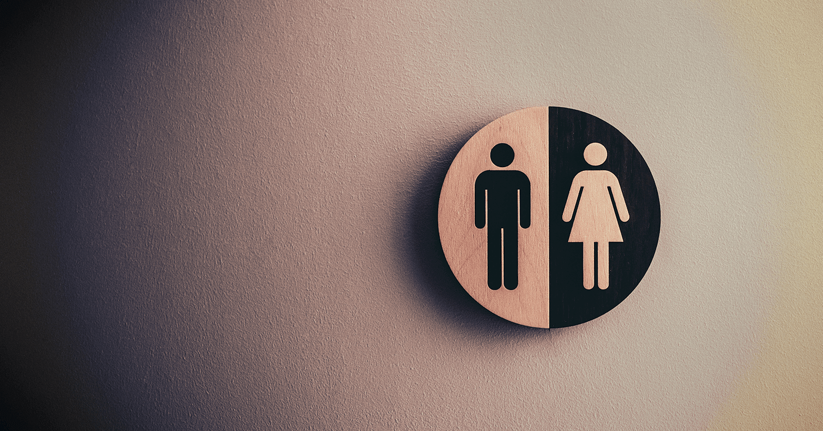 Photo of a toilet sign